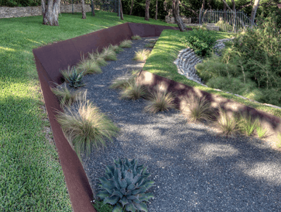 Ideas for Elegant Landscape Edging