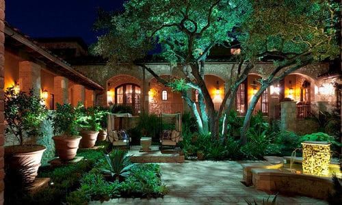 Beautiful Lighting Types for Front Yard Gardens