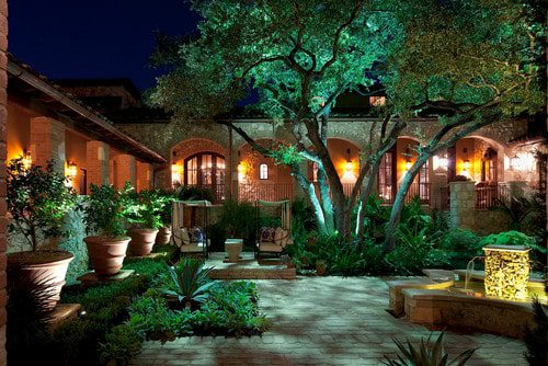 Beautiful Lighting Types for Front Yard Gardens ...