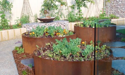 Landscaping Ideas with Recycled Materials