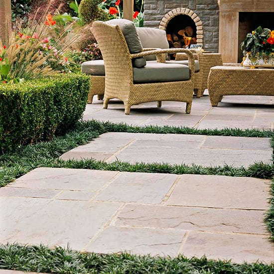 http://www.bhg.com/gardening/landscaping-projects/landscape-basics/backyard-landscaping-ideas/#page=1