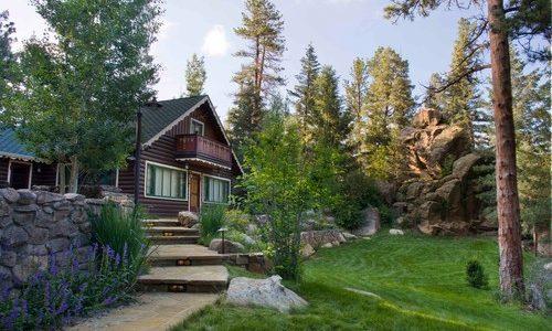 A Colorado Gardener's August Checklist