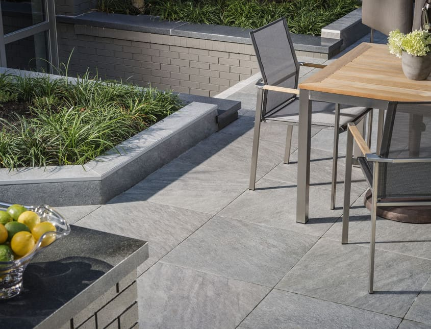 Lifescape - Belgard Pavers Deck