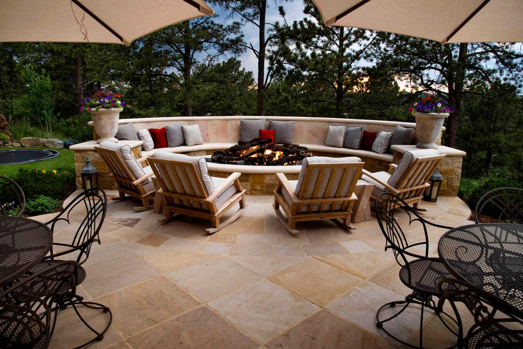 Blog Featured – Enjoy outdoor living all year long with a custom fire feature.