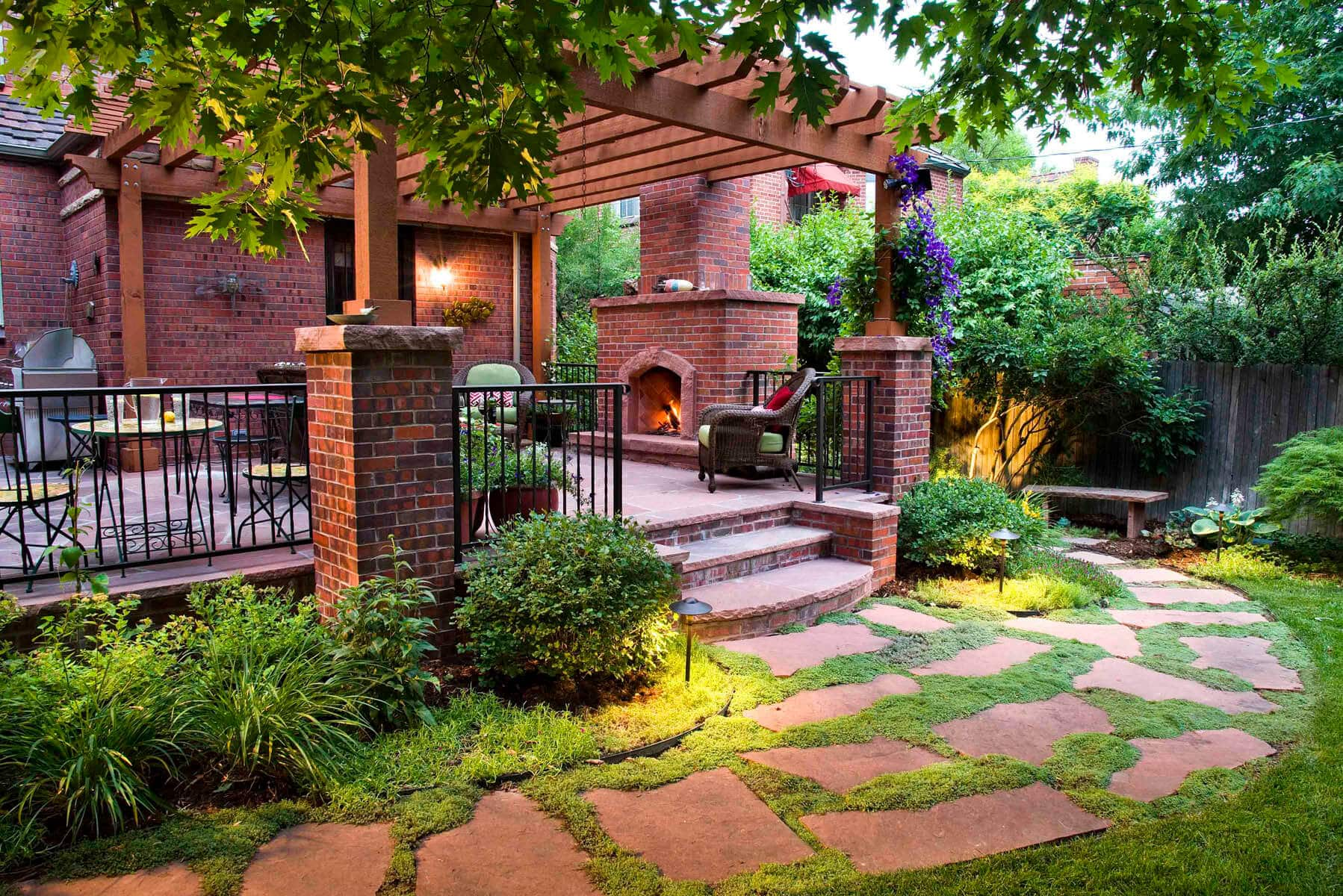 Before & After: A Small Backyard Gets a Cottage-Inspired ...