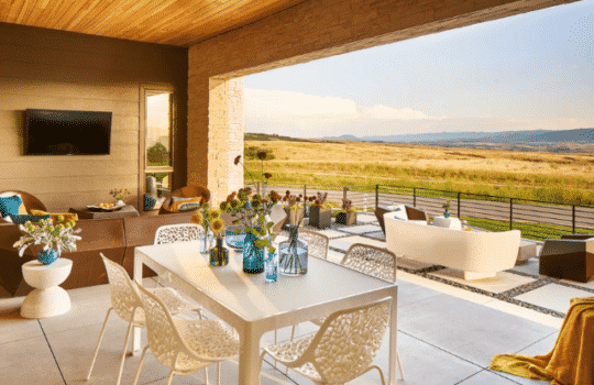 New Outdoor Kitchen & Dining Trends to Dine For
