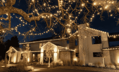 Blog Featured – Holiday Decor Making Spirits Bright